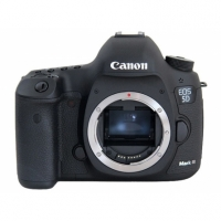 Фотокамера Canon EOS 5D Mark III Body